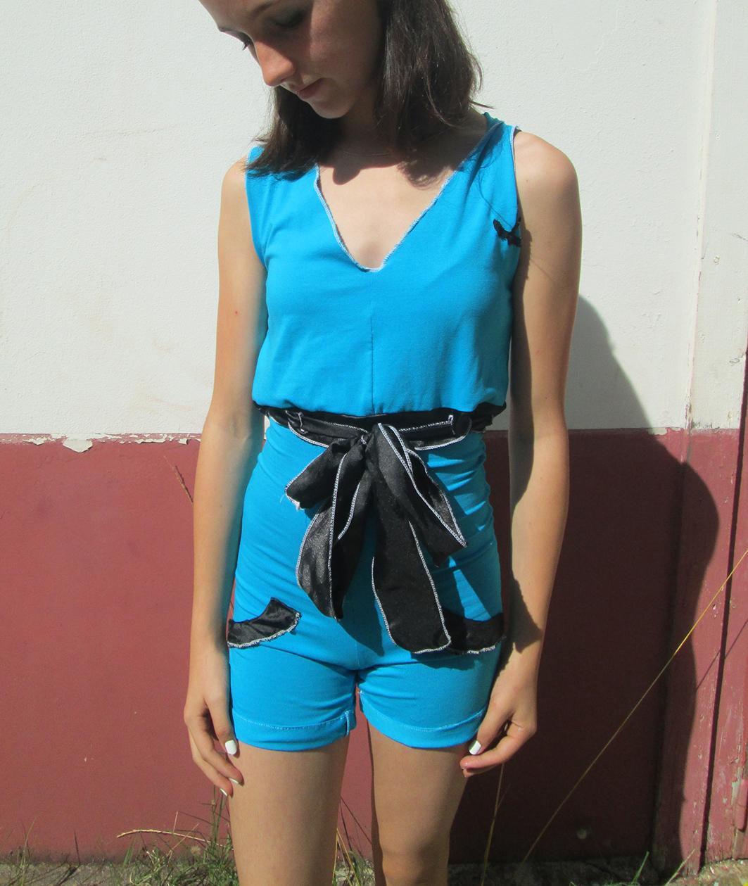 Croquis de vêtement stylisme et mode