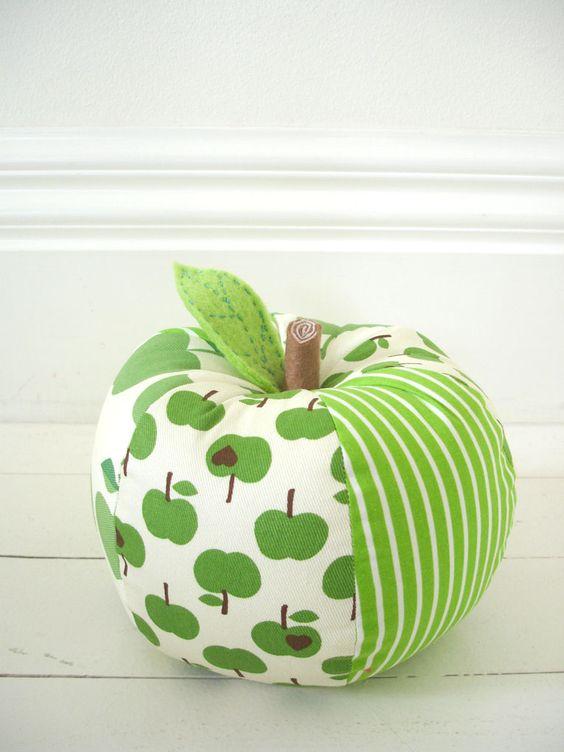 pomme en tissu